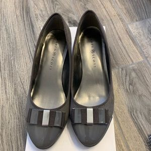 Karen Scott Randel Black Grey Suede Pump Heels